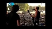 Kings of Leon - California Waiting and The Bucket
