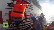 Италианската брегова охрана спаси 144 нелегални имигранти
