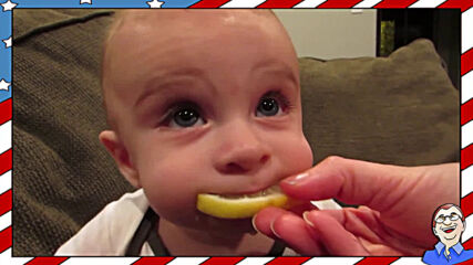 Бебе опитва лимон за пръв път - Смешна реакция
