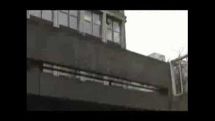Le Parkour Freerunning Stunts.avi