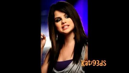 Снимки от на Falling Down Selena Gomez