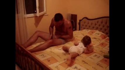 Затова майките трябва да се грижат за децата / Смях