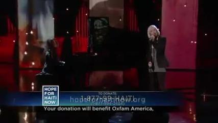 Christina Aguilera разчувства публиката на благотворителния концерт в Хаити