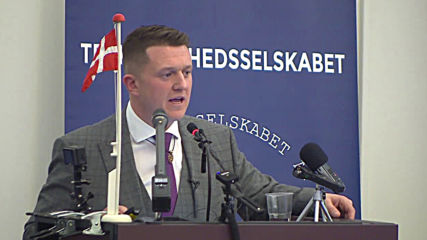 Denmark: Tommy Robinson receives freedom of speech prize in Copenhagen