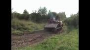 Дърпане на Урал с тежък военен влекач