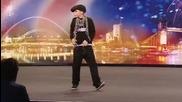 Британия търси таланти - Aidan Davis малък Breaker