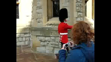 Гвардеец В London Tower - Лондон