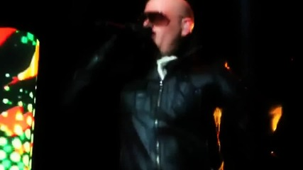 Pitbull (feat. Sensato) - Latinos In Paris [official Video]