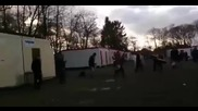 Масов бой на 100 мигранти в лагер в Белгия, защото жена отказала да носи фередже на лицето си