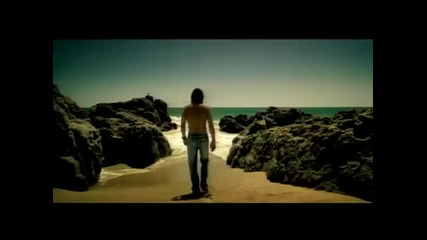 Laura Pausini - Tra Te E Il Mare - Превод