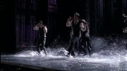 Singing in the rain/umbrella - Glee Style (season 2 Episode 7)