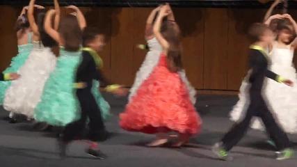"""Dance with me 4та група на Цдг 11 """"корабче"""" – 08.05.2015."""
