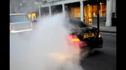 Mercedes C63 Amg Burnout