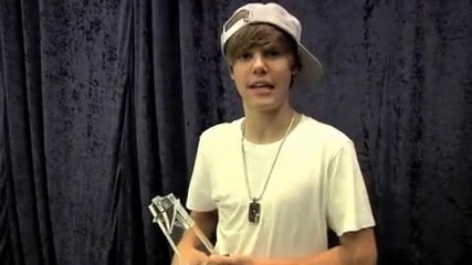 Justin Bieber благодари на феновете си за поредната награда
