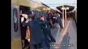 Претъпкан китайски влак /