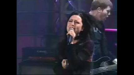 Evanescence - Bring Me To Life (превод)