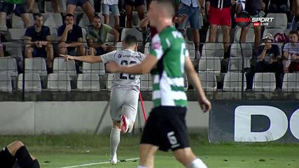 Кешеру бележи, Марселиньо асистира секунди след като се появи в игра