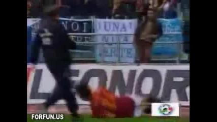 Най - смешните маймунджилъци след гол!