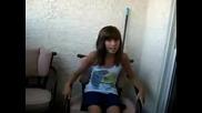 Малко Момиченце Пее This Is Me На Demi Lovato And Joe Jonas