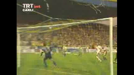 Galatasaray - Georges Hagi Scores Magnific