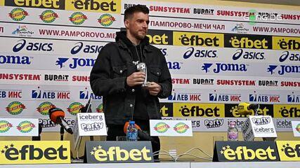 Греъм Кери получи наградата за футболист номер 1 на IX кръг