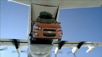 Скок от самолет с Chevrolet