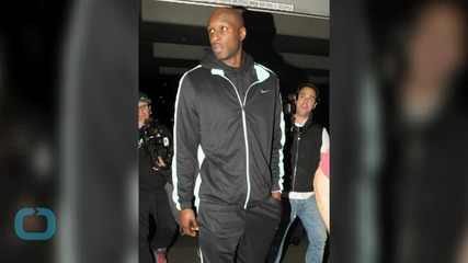 Boxers Cheer Up Lamar Odom After Death of Close Friend