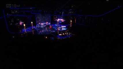 Прекрасно изпълнение на..justin Bieber - Mistletoe // on X Factor Uk Dec 4, 2011