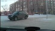 В Русия децата карат Лексуси