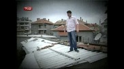 Иван Ангелов Пее На Покрива - клоунът
