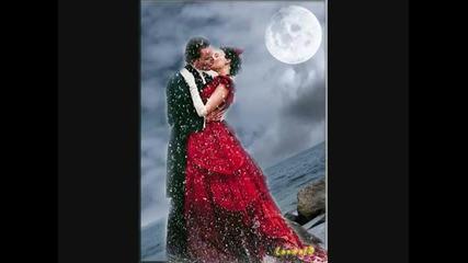 Честит Свети Валентин На Всички Влюбени Половинки !! ;