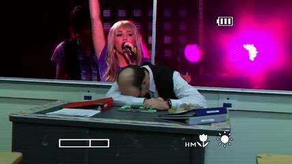 Превод!! Hannah Montana - Ordinary Girl [hq]