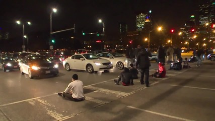 USA: Demonstrators block traffic in protest against Chicago mayor