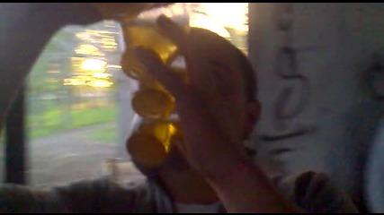 kak se pie bira v Orizovo...chondaka
