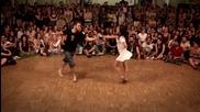 Тази двойка наистина разтърси сцената с екзотичната си танц!