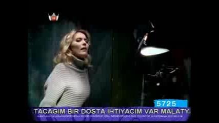 Demet Akalin - Gururum (video Klip)