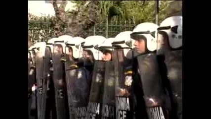 Протестите в Атина продължават