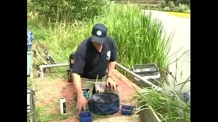 Fishing How To - Mixing Ground Bait !
