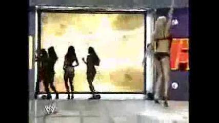 Randy Orton With The Divas (2)