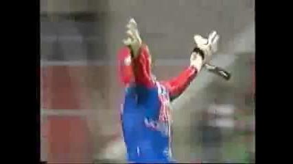 Spider-man играе като вратар ( 2004 - 2005 година ) Смях !!!
