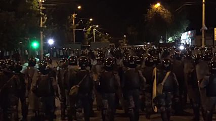 Armenia: Several journalists injured during clashes in Yerevan