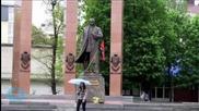 Ukraine Criminalizes Communism Sympathy, Bans Soviet Symbols