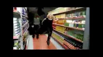 Madonna Ft. Justin Timberlake & Timbaland - 4 Minutes.wmv