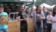 Надпиване с бира на Табиен фест в Ботевград