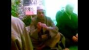 Еймен Хасен от Египет рецитира коран в централната джамия в Мадан Vbox7