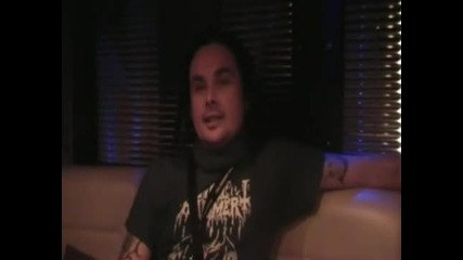 Dani Filth interview in London (bg subs)