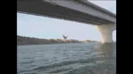 Скок От Мост