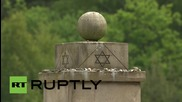 Germany: Queen Elizabeth pays respects at Bergen-Belsen concentration camp