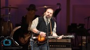 "Steve Earle Moans the Blues in New Album ""Terraplane"""