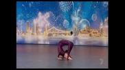 14 годишната Jodie Hollis и Неините Пластични Умения - Australia's Got Talent 2011